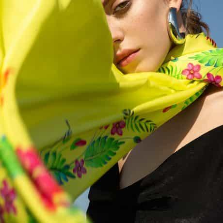 """фотография Палантин """"Цветок страсти"""" желтый #2"""