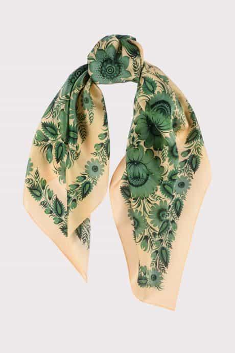 "фотография Square scarf ""Emerald"""