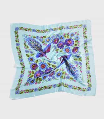 "фотография Turquoise square scarf ""Magic Firebirds"""