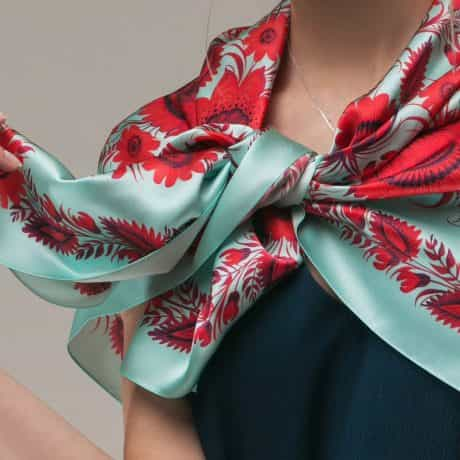 "фотография Square scarf ""Temptation"" #2"
